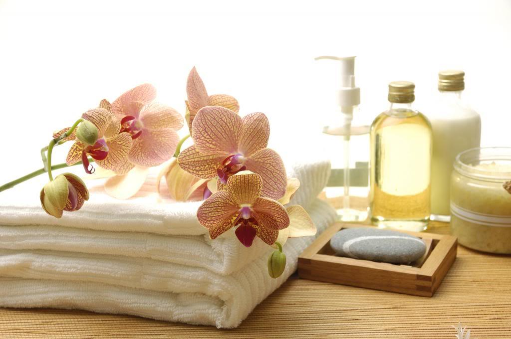 Essential body massage oils